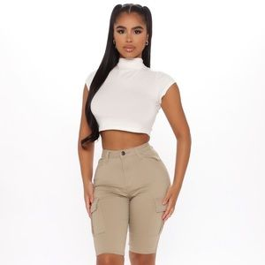 Fashion nova khaki shorts
